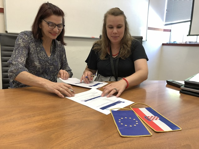 Vijesti : Signed Erasmus contracts Stellenbosch University